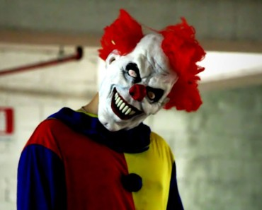 Most Scary Killer Clown Scare Prank on Internet