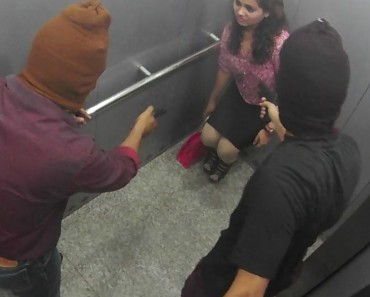 People got trapped with killers in lift