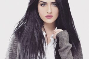 Beautiful Pakistani Actress Sarah Khan