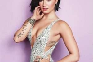 Hot Photos of Demi Lovato