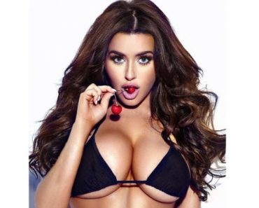 Abigail Ratchford Nude Photos