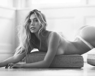 Instragm Star Alexis Ren Photos